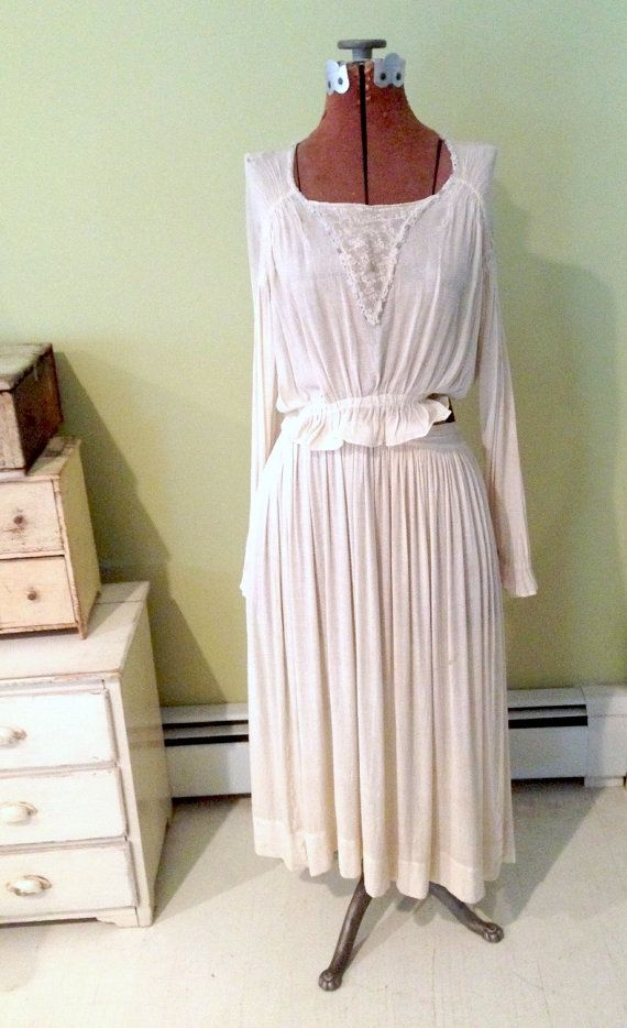 Antique Wedding Dress Early 1900s Wedding by VintageJunkInMyTrunk, $85.00