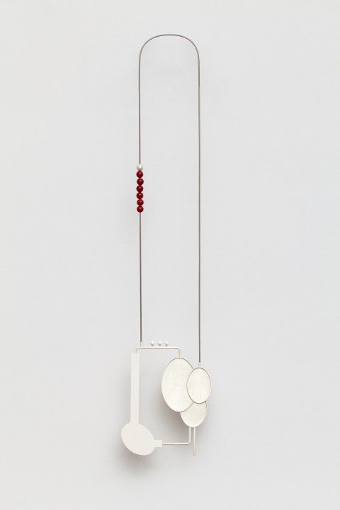 KATJA PRINS-NL-necklace Inter-Act, 2011 | silver, reconstructed red and white coral, steel | ± 55 x 10 x 2 cm