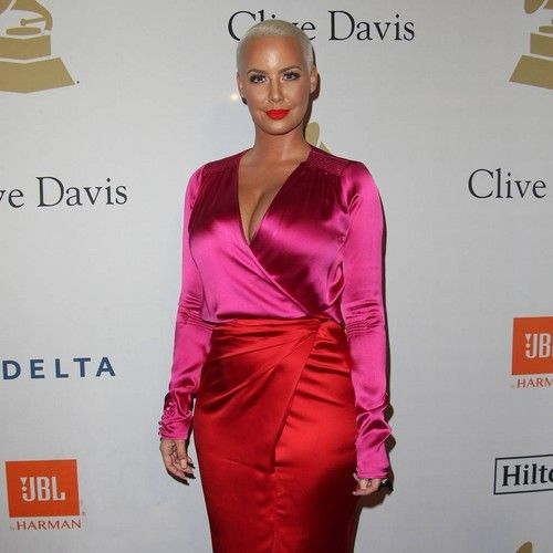 Amber Rose: 'Kanye West bullied me after we split' https://tmbw.news/amber-rose-kanye-west-bullied-me-after-we-split  Amber Rose struggled with heartache and pain following her split from Kanye West, revealing her rapper ex bullied her for several years.The model dated the Stronger hitmaker from 2008 to 2010 and after their split the former couple traded barbs on social media for years. The feud came to a head in January, 2016 when Kanye mentioned Amber's son with Wiz Khalifa in an online…