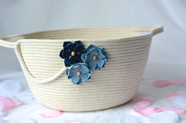 Cute Towel Holder, Handmade Rope Basket, Modern Clothesline Basket, Lovely Blue Bowl,  hand coiled natural rope basket by WexfordTreasures on Etsy
