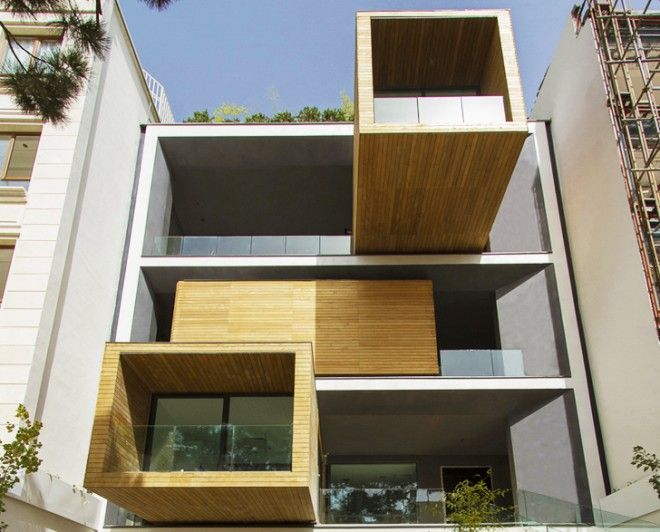 Tehran's transformer house. It's the townhouse that twists like a Rubik's cube, to bask in the summer sun and shield itself when winter bites. Rooms rotate with the push of a button in this extraordinary Iranian house.