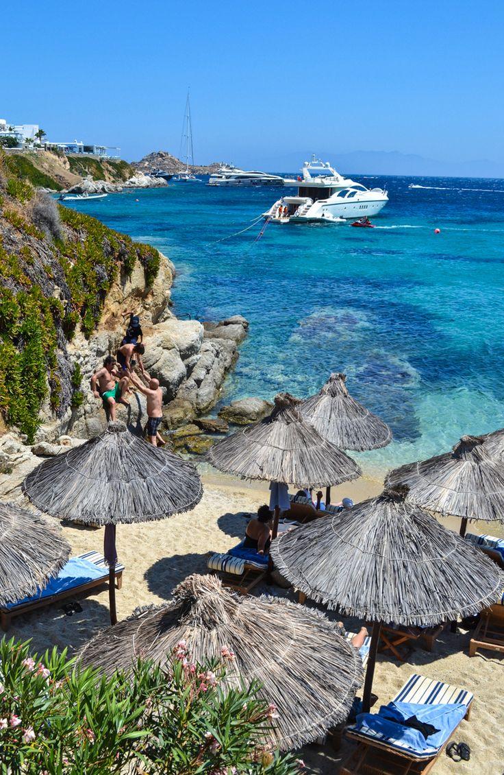 Praia de Psarou, em Mykonos, na Grécia.