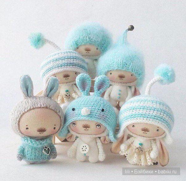 Хочу познакомить вас с очень милыми авторскими игрушками Ольги Нероденко. Скорее всего вы их уже хоть разочек, да видели. Но