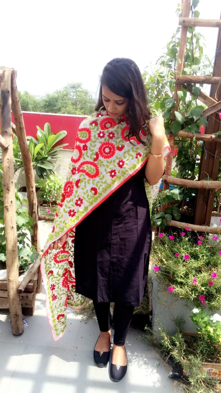 Famous Phulkari work white stole on black outfit. #indian #suit #flower #dupatta