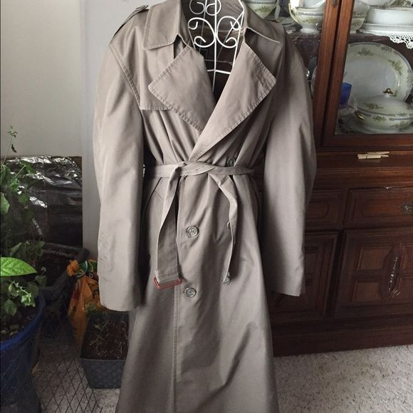 Dior olive green Trench Perfect boyfriend trench! Bust: 21.5 flat waist 19 flat. Small snag on back as shown reflected in price. Lining is removable. This item is in good condition but it has been worn please ask any questions before purchasing. This item will only be traded for an autographed Authentic Chanel original, a Lamborghini, a penthouse in Paris, or the services of an Audi mechanic. All orders will be recorded before shipping. I do not model. Please see my reasonable offer chart…