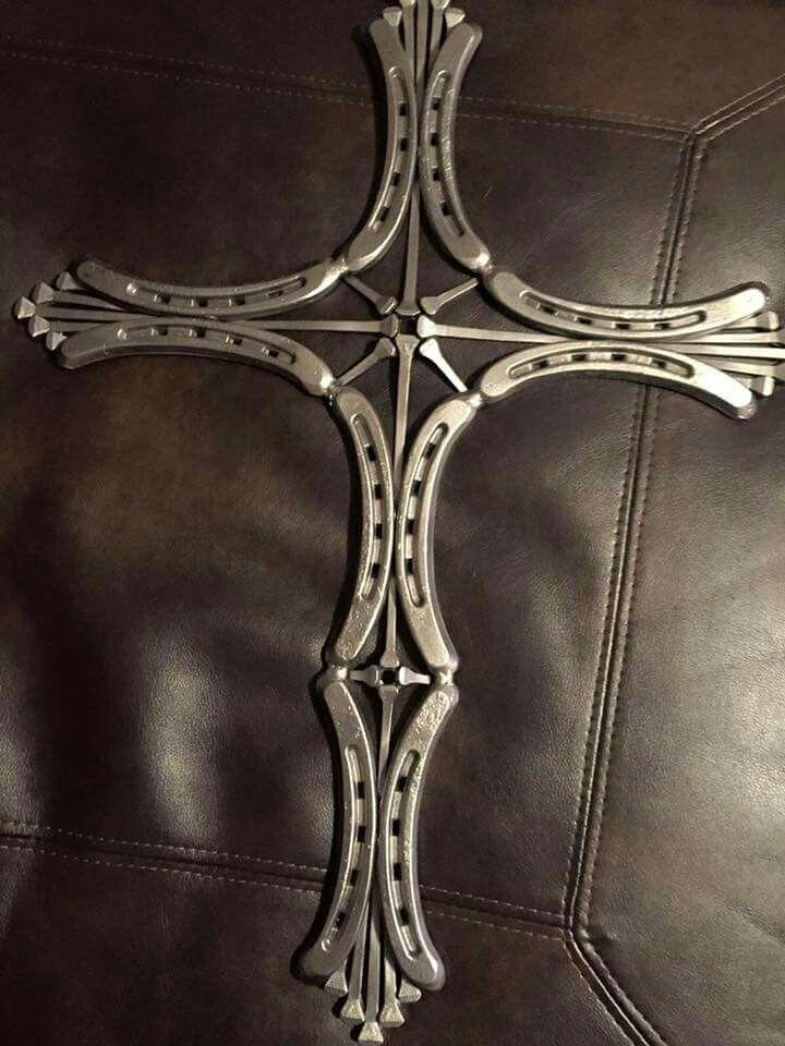 Horseshoe metal art, horseshoe nails