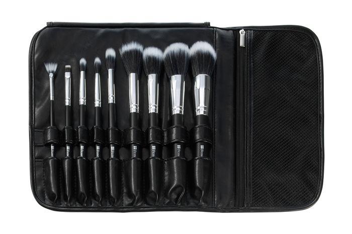 مجموعة مكونة من 9 فرشاة مع حقيبة سوداء خاصة للفرش