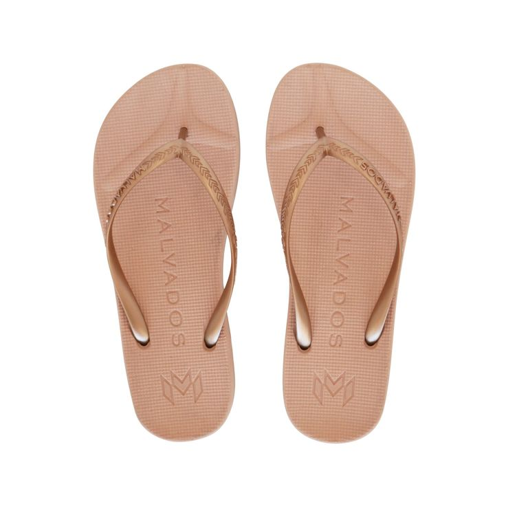 Malvados Playa in B-52 is a luxurious and comfortable flip flop with molded footbed