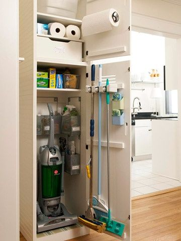 I like this idea to hide your cleaning stuff and vacuum...Ive been looking for a good place to keep my vacuum! (From Better Homes and Gardens website)