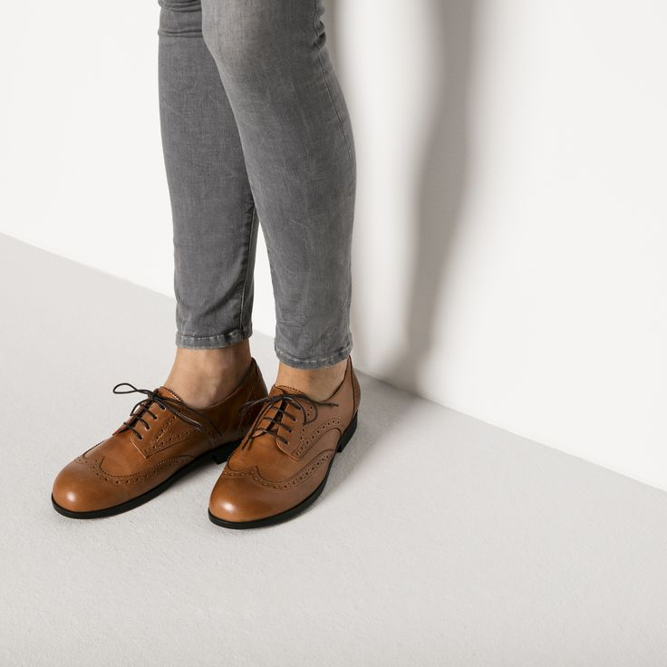 Laramie Low Natural Leather Camel