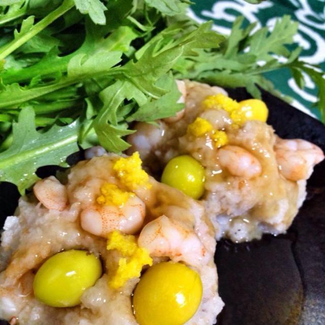 れんこん、柚子、ぎんなん 旬の食材を使った体に優しい料理☆*゚ すりおろして蒸すだけでふわふわモチモチ食感になるなんてびっくりだ! \\\\٩( 'ω' )و //// ごちそうさまでした.。.:*・゚☆ - 201件のもぐもぐ - れんこんまんじゅう by tokage2319