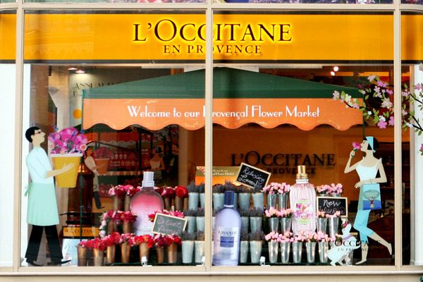 L'Occitane NYC uses full size window clings/displays to create feel of a French…