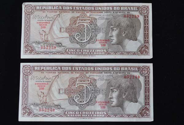 """Lote contendo 02 cédulas """"Cruzeiro"""" - 5,00 - série Indio - emitidas em 1962 - Notas sem cir"""