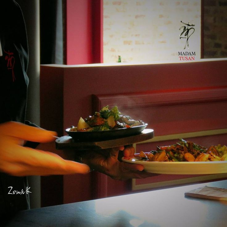 #zonakbogota #zonak #restaurantemadamtusan #food #usaquen #Bogota Explora el misterio, vive la experiencia y descubre Madam Tusan; un chifa peruano para el mundo