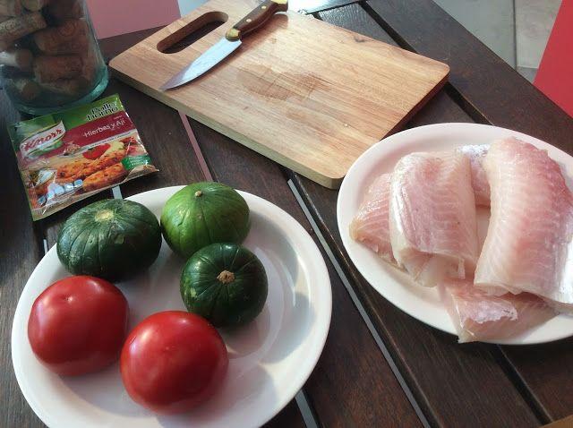 Receta de filet de merluza con papas bravas ~ Mundo Gourmet