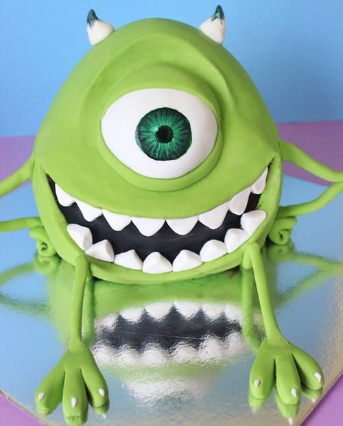 "Trust Me: You've Never Seen 20 Cakes That Look As Incredible As These Do. Mike Wazowski from ""Monsters, Inc."" and ""Monsters University."""