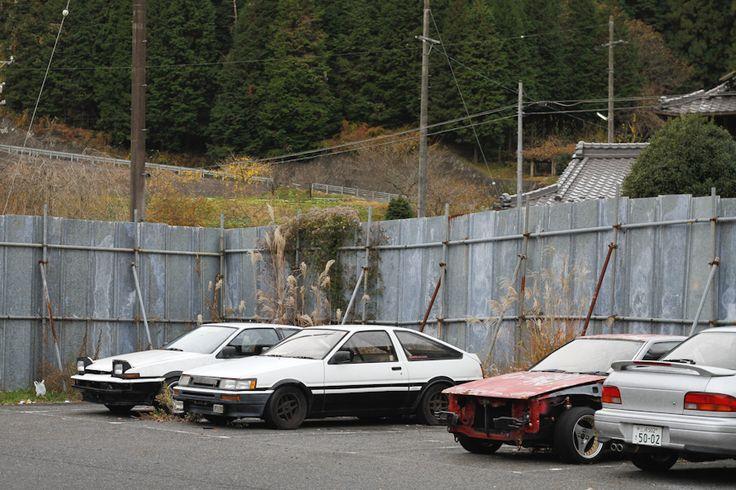 Abandoned Car Graveyard in Japan   Abandoned cars, Jdm ...