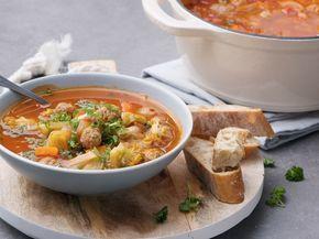 Trek je dikste trui aan en maak een grote portie soep klaar voor familie en vrienden. Zo creëer je een gezellige sfeer én iedereen kan zichz...