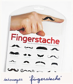 tatouage moustache finger