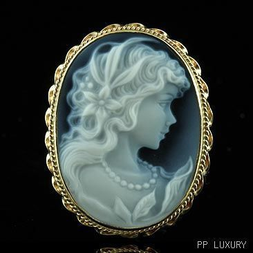 i love cameo jewelry.