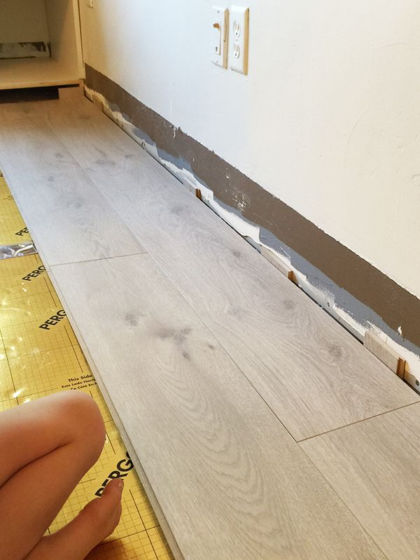 Install Pergo Laminate Flooring For A Farmhouse Look Pergo Laminate Flooring Pergo Laminate Farmhouse Flooring