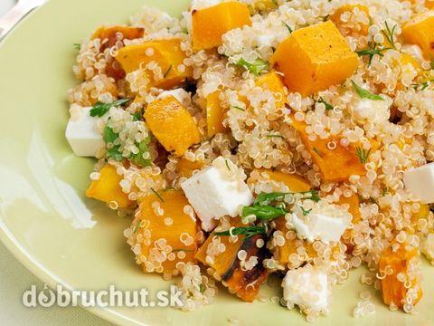 Quinoa s tekvicou a syrom -  Na rozpálenom oleji opražíme nadrobno nakrájanú šalotku. Pridáme čerstvý tymián a na kocky nakrájanú tekvicu...