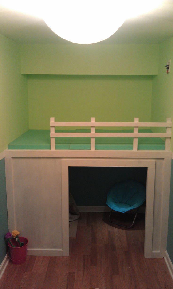 Small Playroom | Playhouse/Loft Bed In Small Playroom | Do It Yourself Home Projects ...want to do this in the closet.