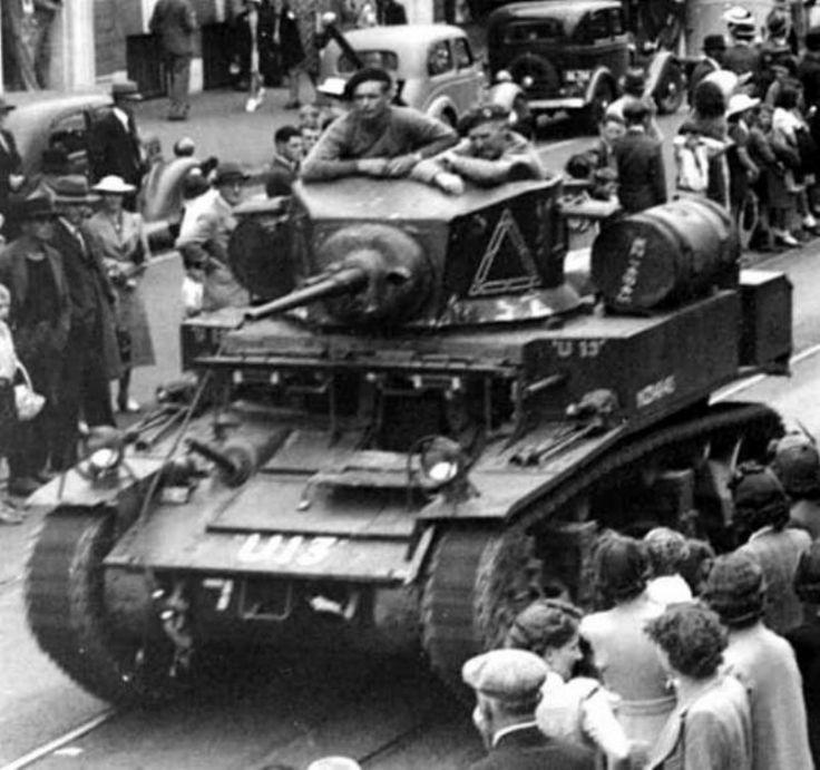 NZ tanks 1945