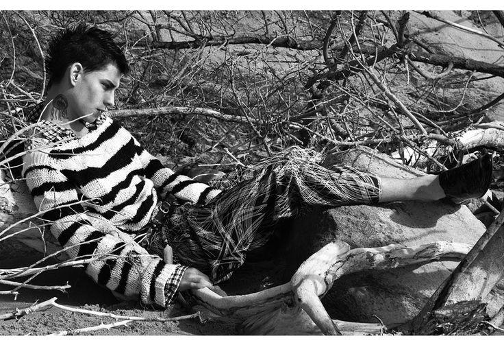 Mark Segal portfolio http://www.vogue.fr/vogue-hommes/inspiration/diaporama/le-portfolio-photographe-mark-segal/19458/image/1031179#!5