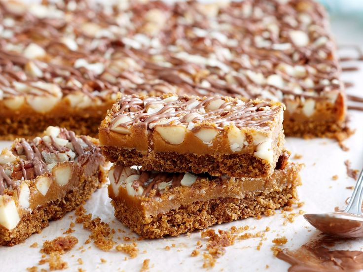 This more-ish, nutty slice makes a great alternative to the classic ANZAC biscuit.