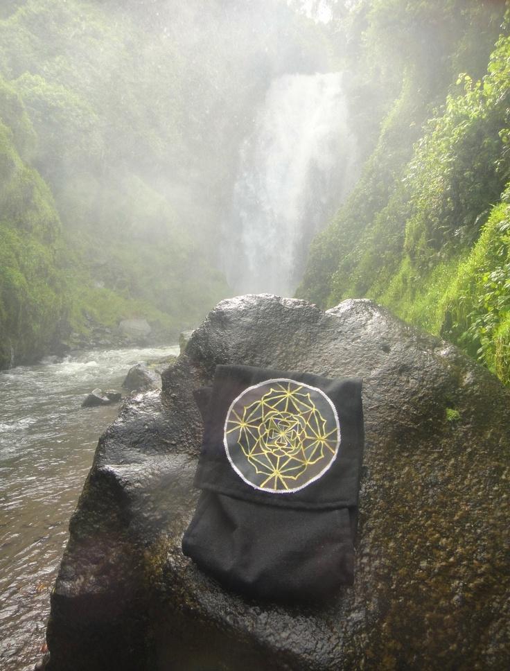 Foto tomada en la Cascada de Peguche -Otavalo-Ibarra-Ecuador