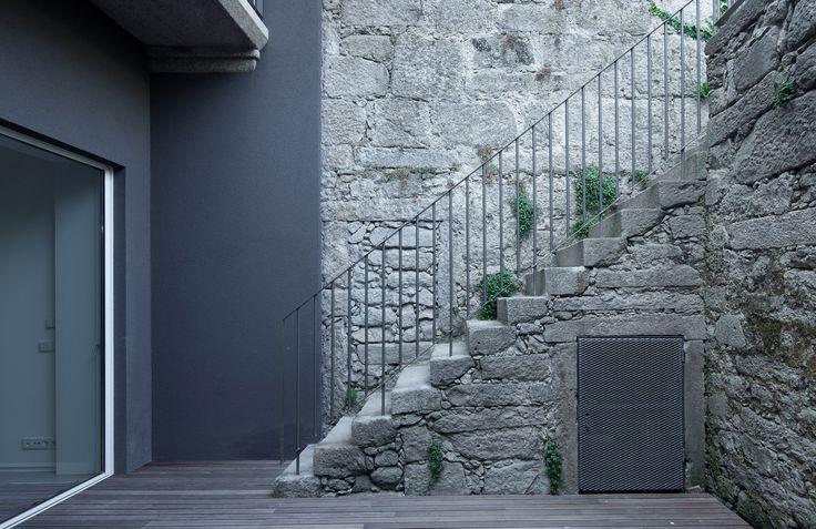 Gallery of Casa Gate / Pedro Oliveira - 11