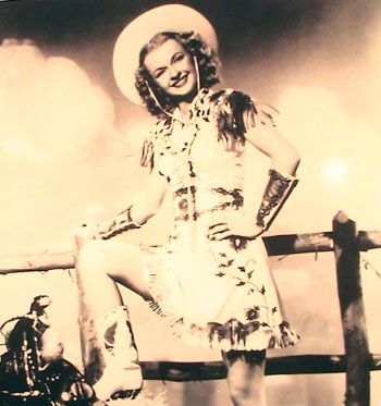 Pin-up Dale Evans