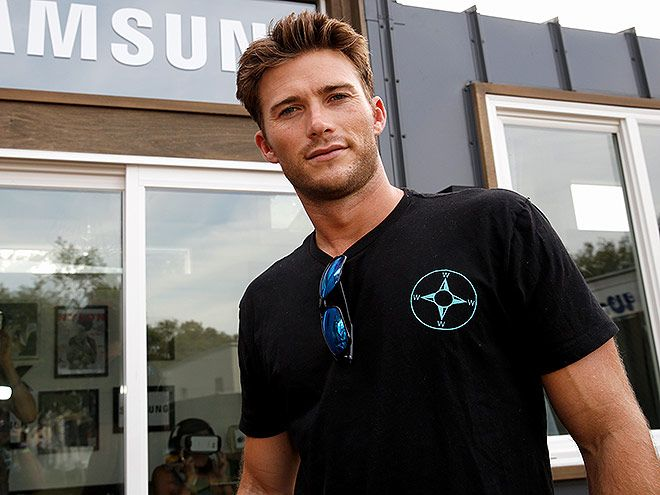 Star Tracks: Monday, October 5, 2015 | HELLO HANDSOME | Scott Eastwood attended the Samsung Artist House at Austin City Limits Music Festival in Austin, Texas, on Saturday.