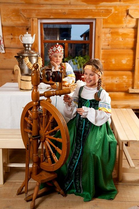 Russian girls in traditional dresses. #kids