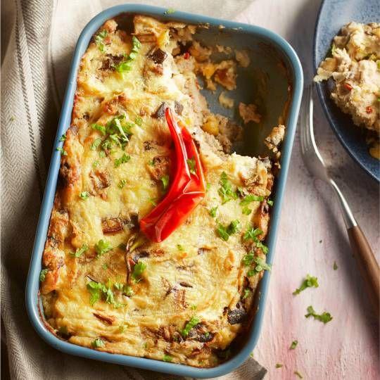 Kikkererwtenstamppot uit de oven met aubergine en gehakt 20 min oven  25 min bereiden 760 kcal 49 kh