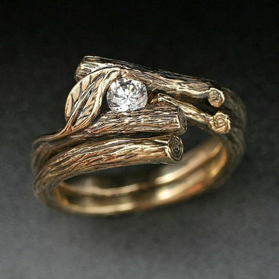 beautiful woodland themed engagement ring Stuff Thats Just Plain
