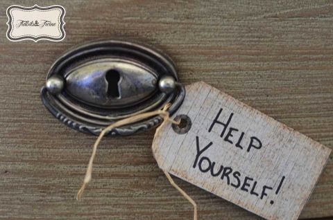 22 Items Necessary to Prepare Your Home for Guests | TIDBITS&TWINE