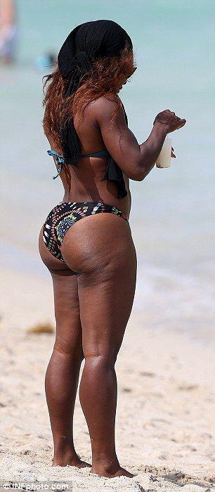 Serena Williams curves, Miami beach