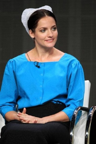 """""""Breaking Amish"""" spoiler alert:   """"Breaking Amish"""" cast members accused of witchcraft...http://www.examiner.com/article/breaking-amish-spoiler-alert-breaking-amish-accused-of-practicing-witchcraf"""