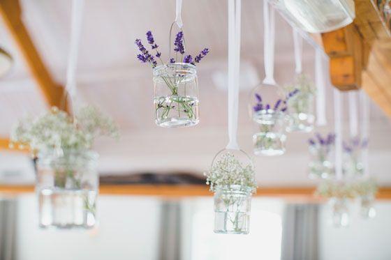 #decoration #wedding #diy Fotocredits Nienke van Denderen Fotografie (http://www.nienkevandenderenfotografie.nl/) - Pinterested @ http://wedspiration.com.