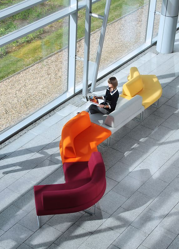 Legvan- modular seating