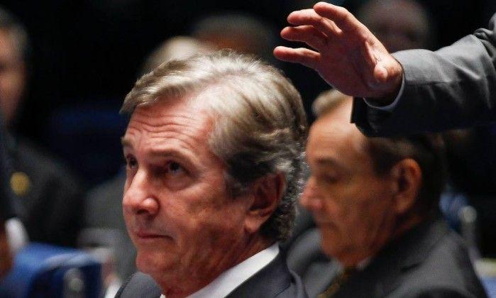 Polícia do Senado tentou impedir por quatro vezes busca e apreensão na casa de Collor - Jornal O Globo