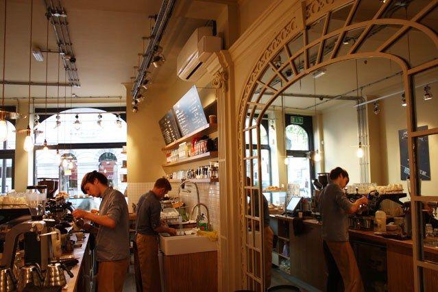 Notes Trafalgar Square - Best Coffee in London - Best London Coffee Shops (houseandgarden.co.uk)