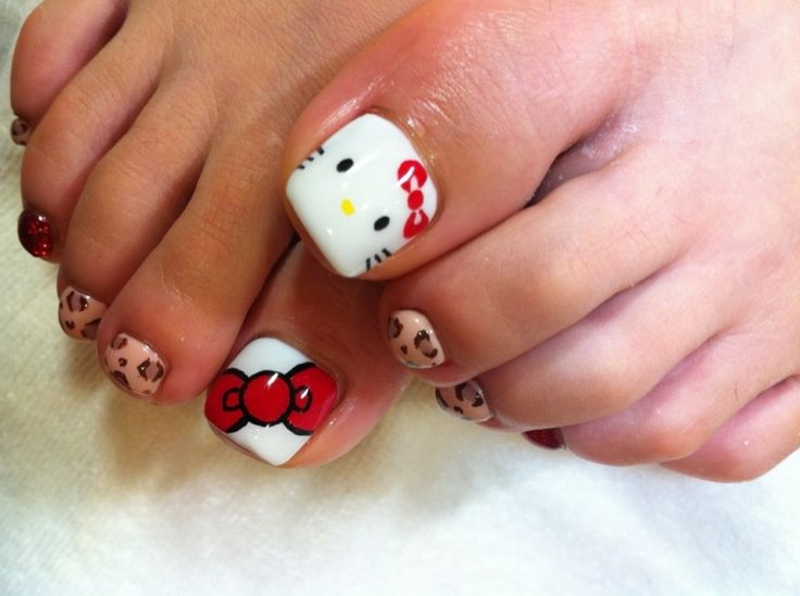 Image of Hello Kitty foot ☆ | Jiyugaoka-Okusawa-Midorigaoka Nail Salon nail flavors staff blo ...