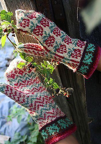 Ravelry: Raspberry Mittens pattern by Natalia Moreva