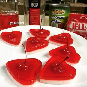 Valentines Day Jello Shot Hearts - For more delicious recipes and drinks, visit us here: www.tipsybartender.com