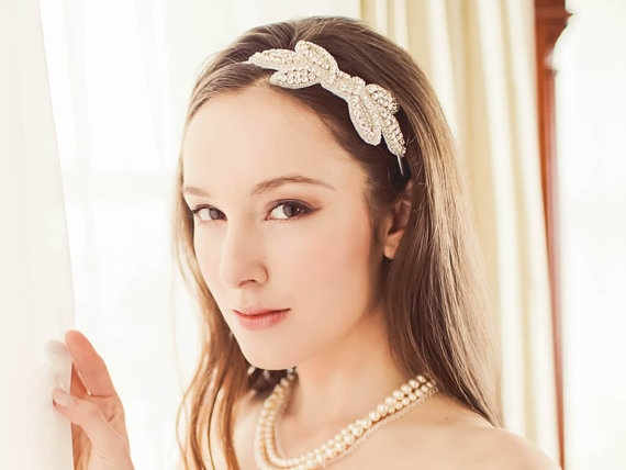 Crystal Bridal Headband / Rhinestone Wedding von DavieandChiyo, $82.00