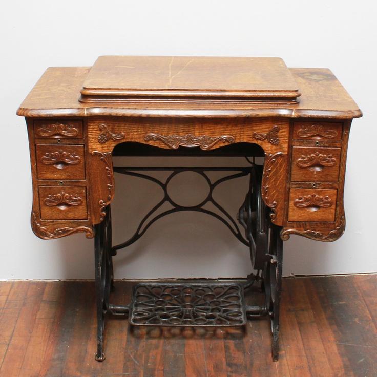 17 best images about vintage sewing machines on pinterest. Black Bedroom Furniture Sets. Home Design Ideas