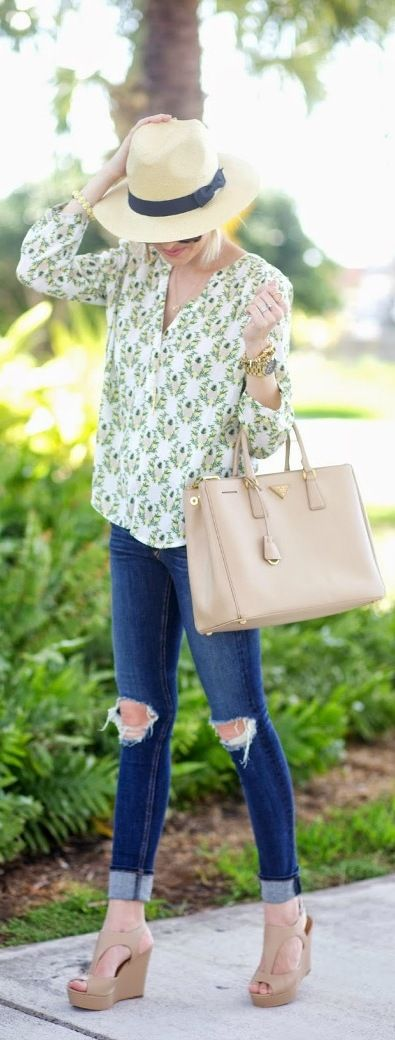 Cute pineapple blouse for spring